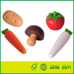Best selling Birch wood kitchen pretend food sets Mini wooden vegetable toys for kids