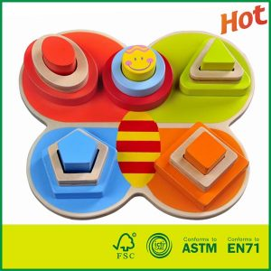 Kindergarten Toy Conforming With ASTM EN71 With Wood Toy Shape Sorter