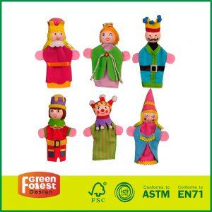 New Design 4 inch Wooden Castle Puppet Set for Kids Pretend Finger Puppets