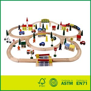 Hot Selling 100 PCS Educational Wooden Railway Track Set Fit Thomas for Kids Slot Toy