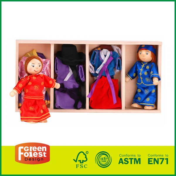 12DRE02 Wooden Doll Dress Up Box