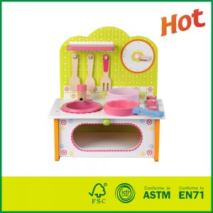 Best price Pretend wooden toys Mini Kitchen Set for kids